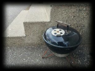 Weber Smokey Joe -AKA- The Honda Civic of grills